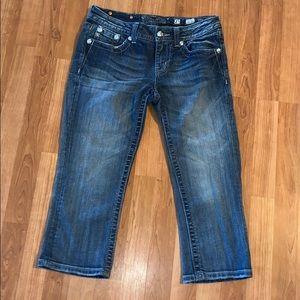 Miss Me | Easy Crop Jeans